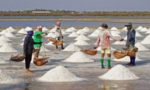 How is sea salt made